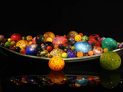 Chihuly Exhibit boat
