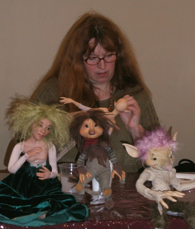 Wendy Froud sculpting class