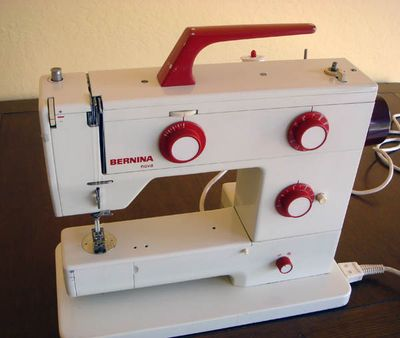 Bernina Nova 900 sewing machine