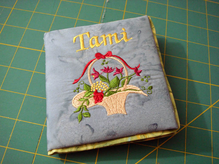 Tami's Needlebook from Laurie