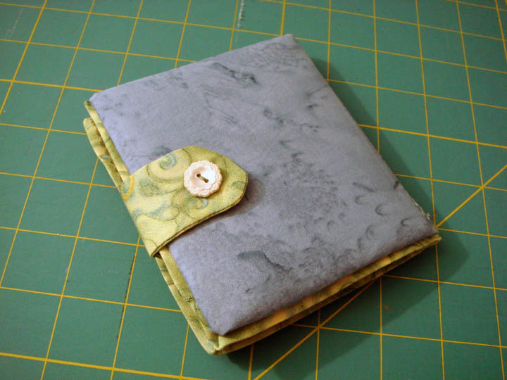 Tami's Needlebook from Laurie - back