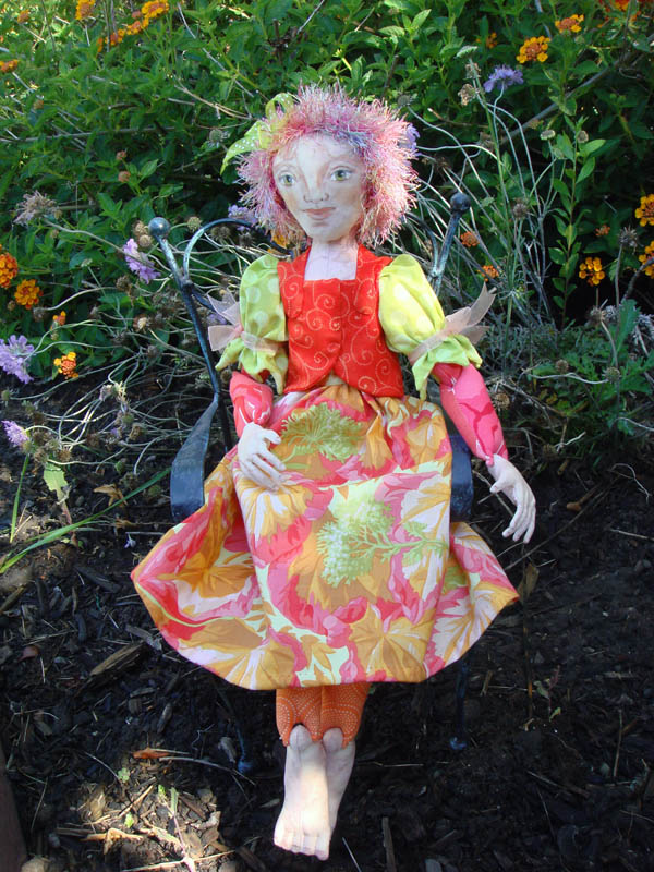 es averill doll in the garden - The Doll In The Garden