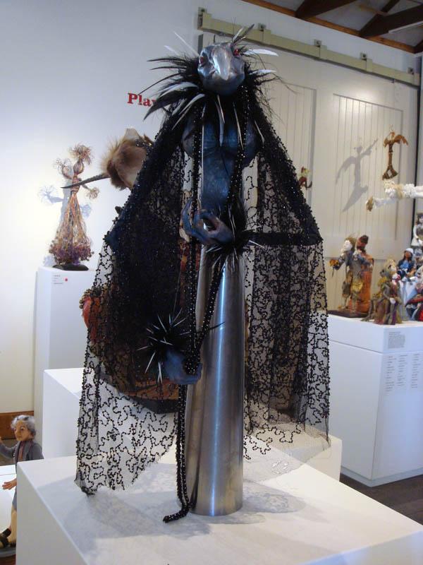 Linda Yaxley Miss Mamie rod puppet