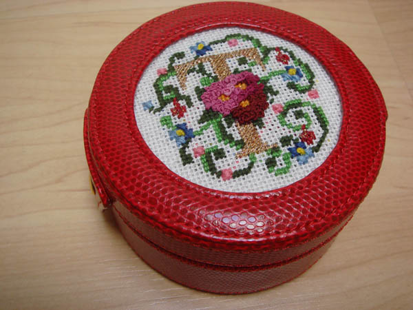 CrossStitch Monogram Case from Valerie