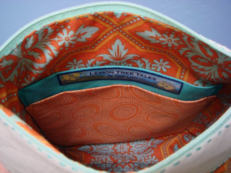 Pouch interior with pockets