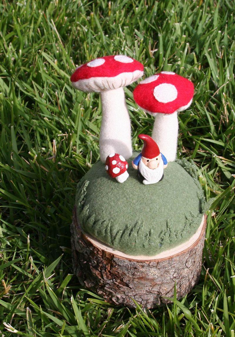 Gnome Mushroom pincushion