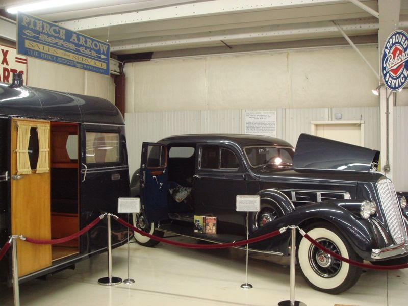 Pierce Arrow sedan