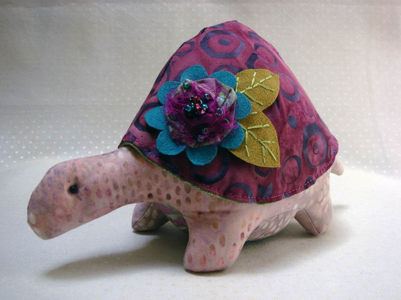 FLiPS turtle pincushion