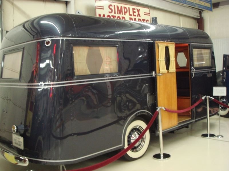 Pierce Arrow trailer