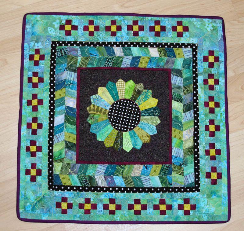 My cotton round robin quilt complete