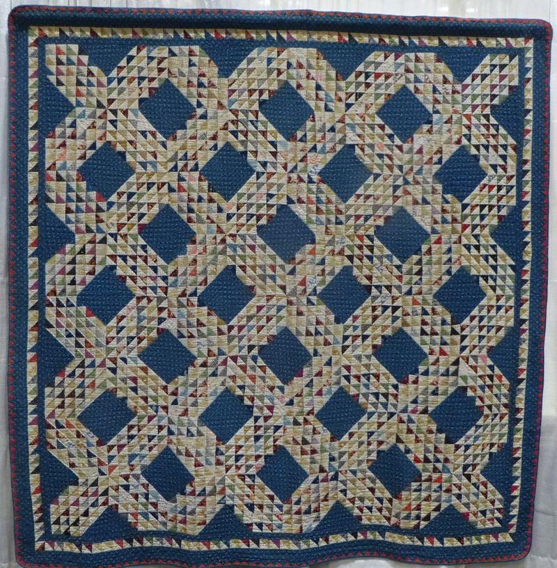 Ocean Waves vintage quilt 1890