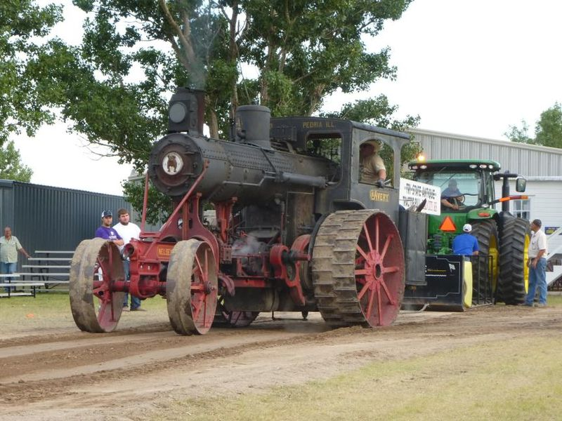 1909 Avery steam engine tractor gearing up for the tractor pull