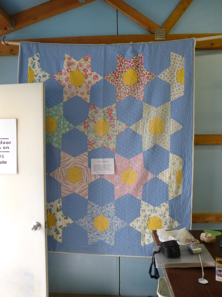 Stars antique quilt