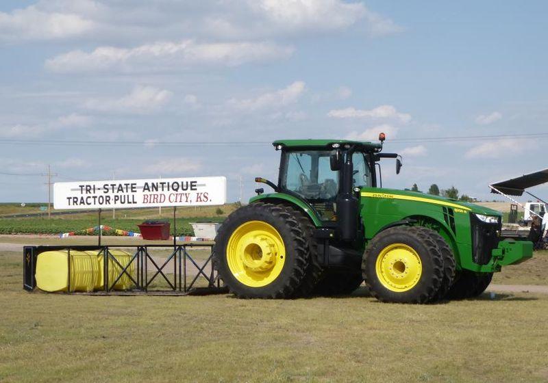 Bird City antique tractor show 2013