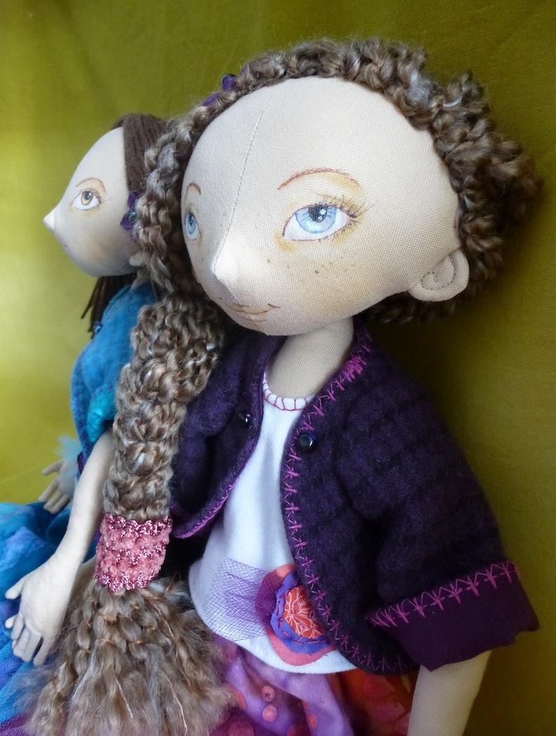Dolls profile views