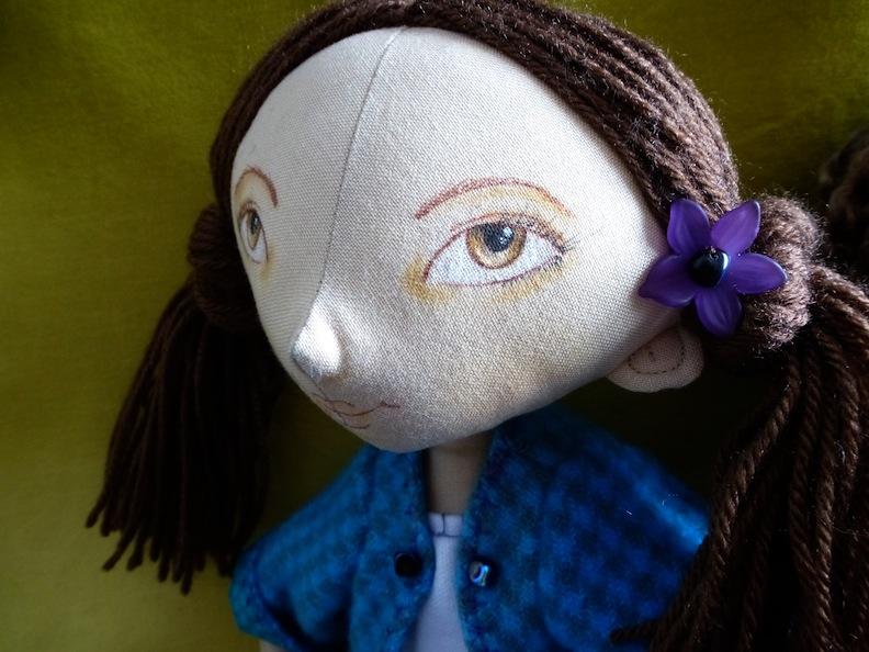 Turq Doll head closeup