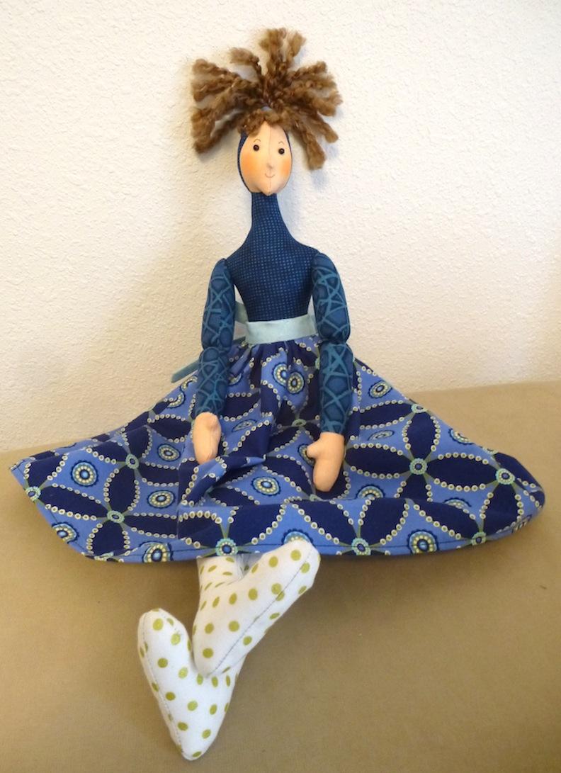 Pop Top doll in blue