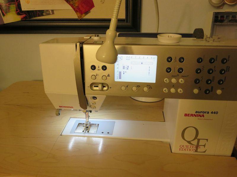 Jansjo light off sewing machine on