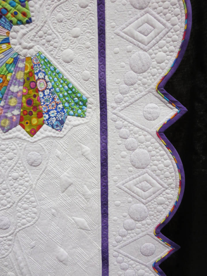 Lets Do the Dresden Twist by Teri Cherne binding detail