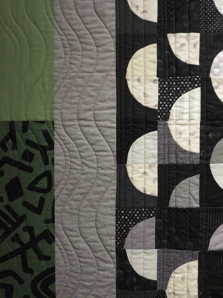 Detail Zyklen by Vanessa de Fabrega quilted by Angie Woolman