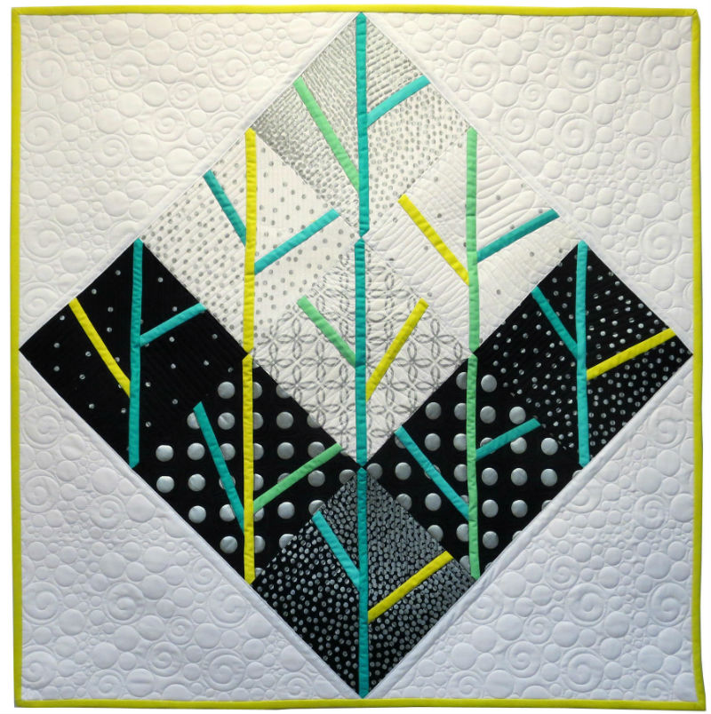 Putting on the Glitz quilt by Tami Levin