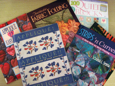 Looking_at_quilt_books