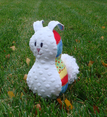 Primary_colors_bunny_front_view