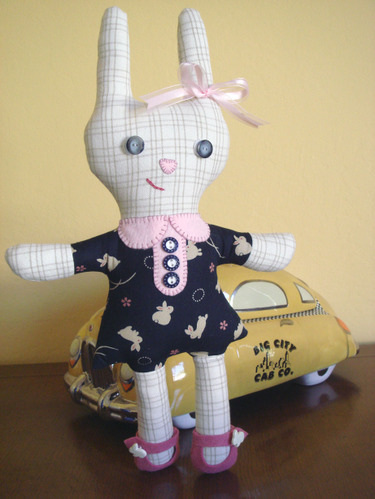 Puttogether_bunny_taxi