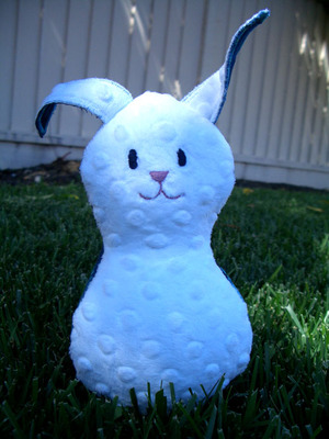 Wee_bunny_blue_front_view